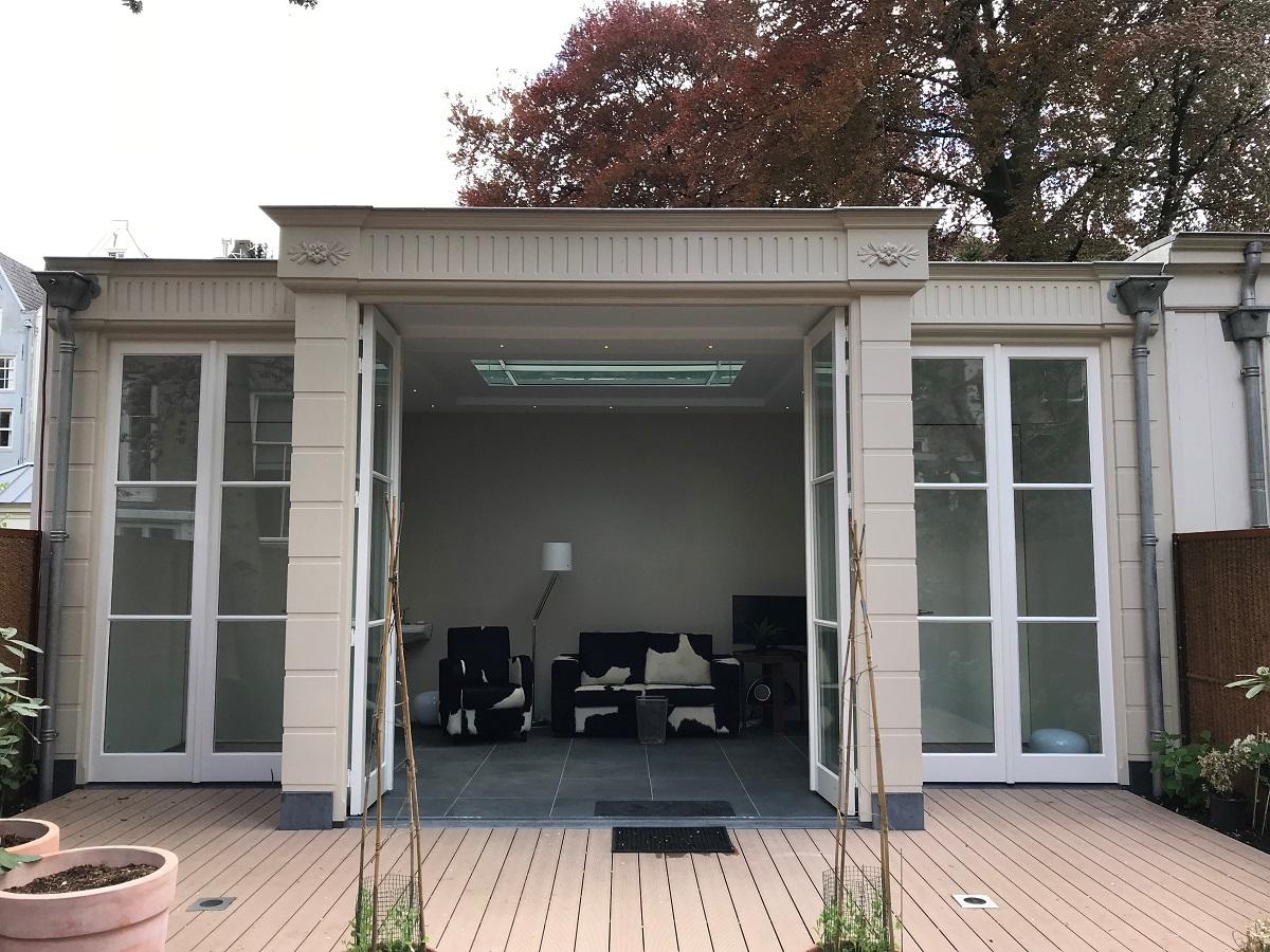 Herengracht tuinhuis voorzijde met open deuren